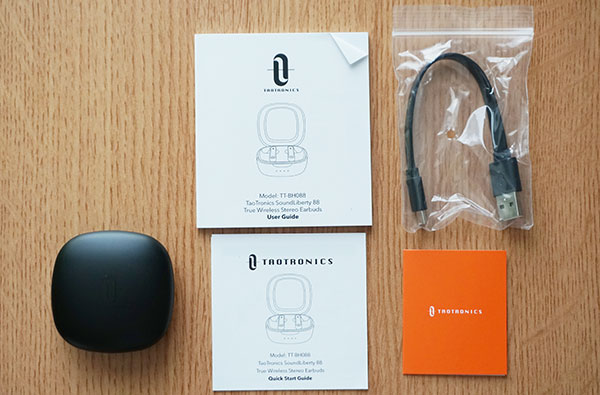 TaoTronics SoundLiberty 88の付属品