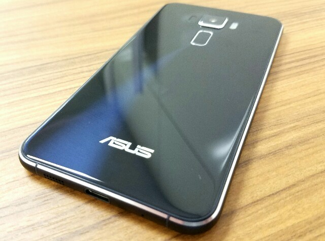 『ASUS ZenFone3 ZE520KL』ならAPN設定も楽々!ープリセットで楽天モバイルやIIJmio等、多数の格安SIMを網羅