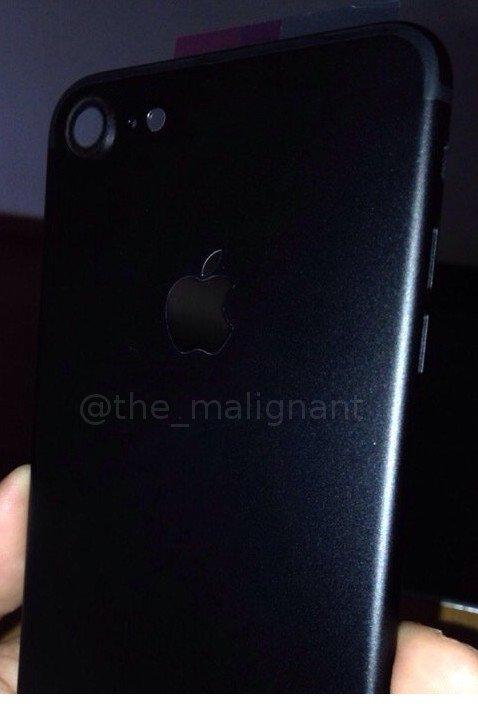 「iPhone 7」に新色ブラックモデル!-SIMトレイ&フレームがリークか