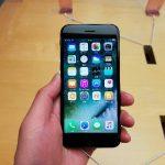 iPhone7、『iOS10』の影響でバッテリーの減りが早いのは「手前に傾けてスリープ解除」が原因?