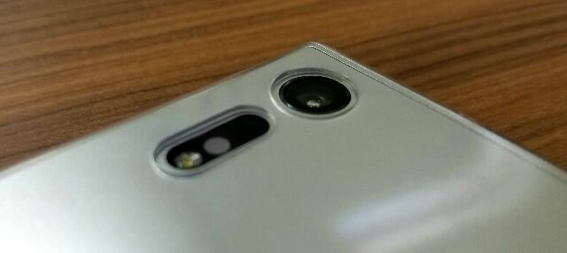 Xperia XZ、紫カメラについて!-不具合?個体差?