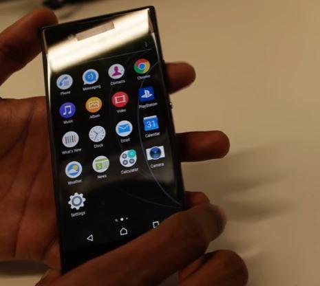 """新型Xperia""""Hinoki""""「G3121」の試作機を撮影した動画がリーク!Xperia XAの後継機か、指紋認証非搭載ミッドレンジモデル"""