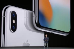 アップル、新型「iPhone X」はGeekbenchにてトップスコアを記録!Galaxy Note8を大きく突き放す