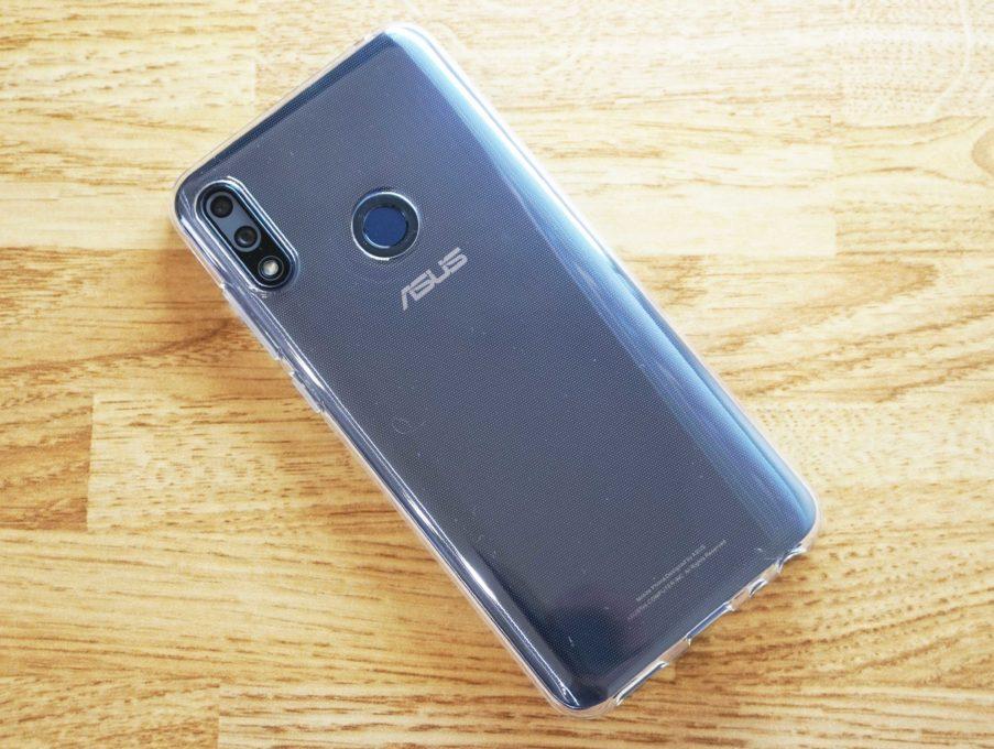 ASUS ZenFone Max Pro M2にクリアケースを付けてみた時の裏側写真
