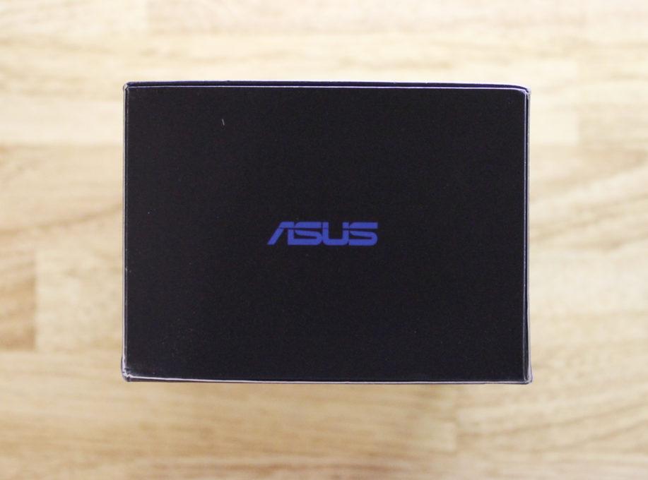 ASUS ZenFone Max Pro (M2)の外箱側面