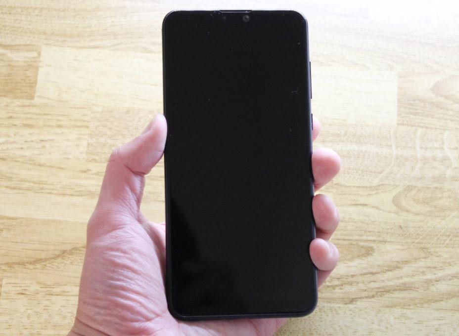 ASUS ZenFone Max Pro (M2)本体