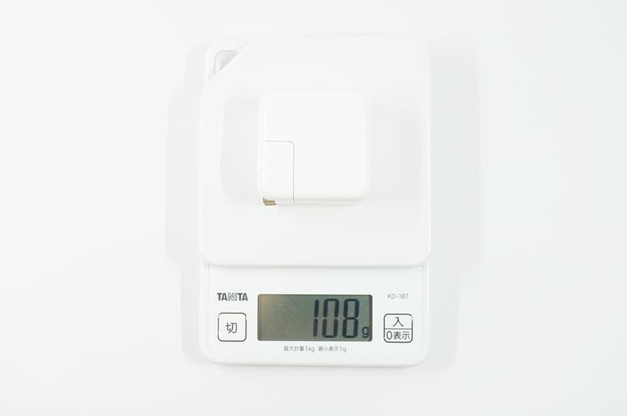 Apple 30W USB-C電源アダプタの重さは108g