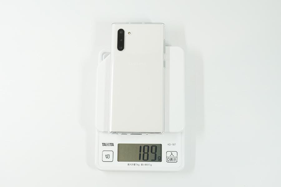 Galaxy Note10の純正ケースを付けた時の重さ