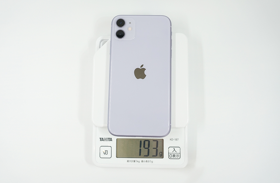 iPhone 11の重さは約193g