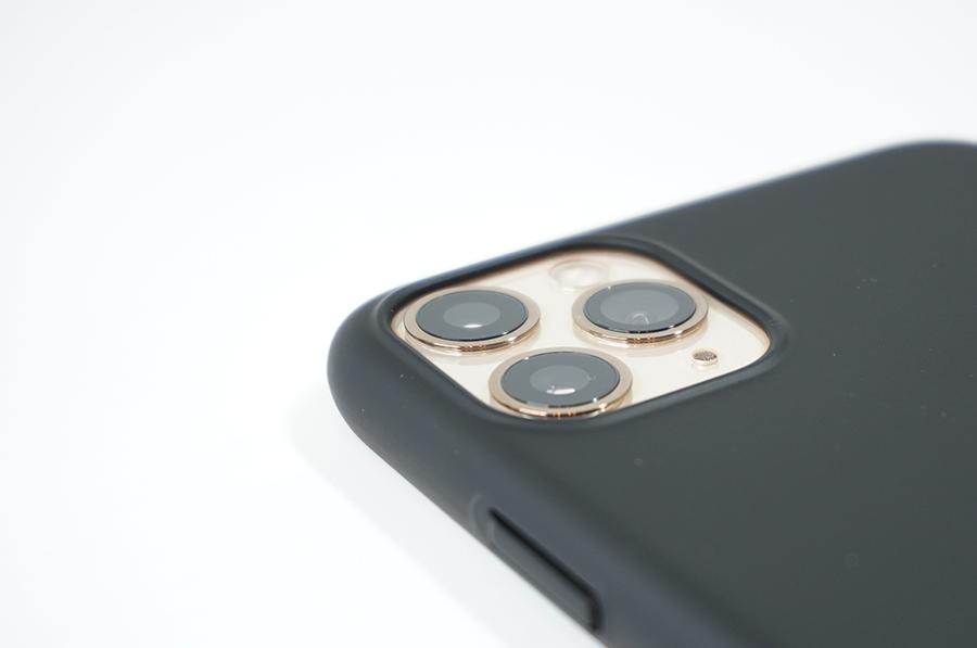 カメラ部分が保護されている
