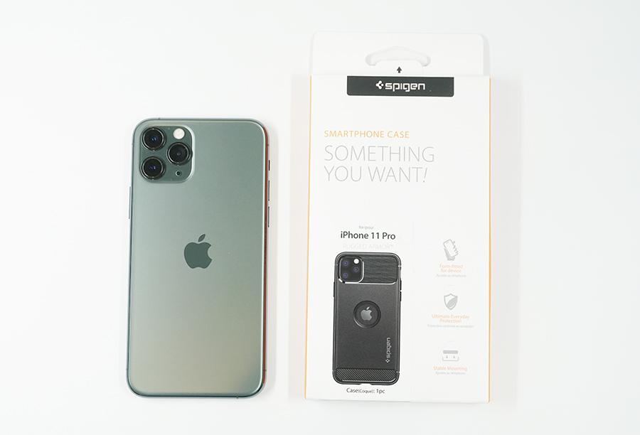 Spigen ラギッド・アーマーとiPhone 11 Pro