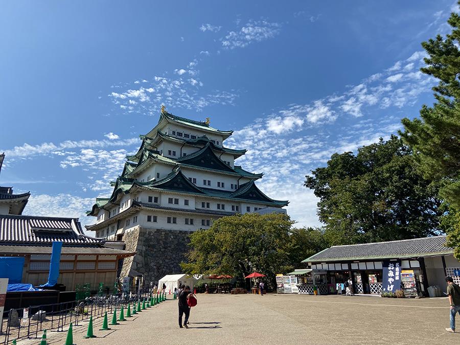 iPhone 11の広角で撮影した名古屋城