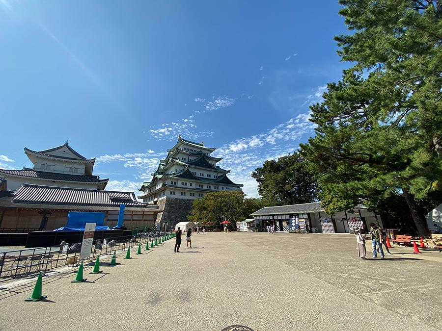 iPhone 11 Pro Maxの超広角で撮影した名古屋城