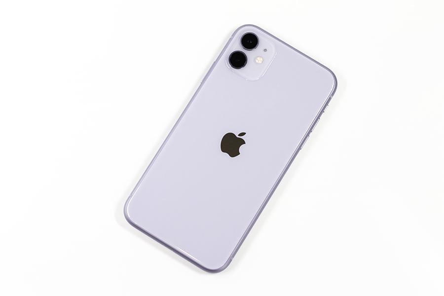 iPhone 11のパープル