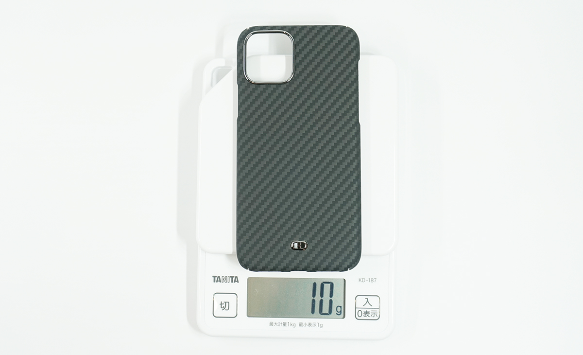 Ultra Slim & Light Case DUROの重さは約10g