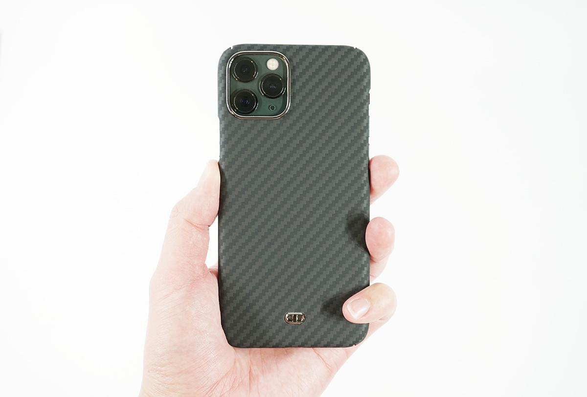 DURO for iPhone 11 Proを付けてもってみた