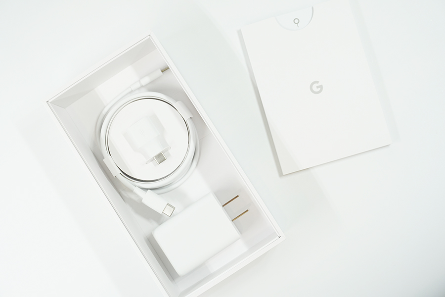 Google Pixel 4の付属品