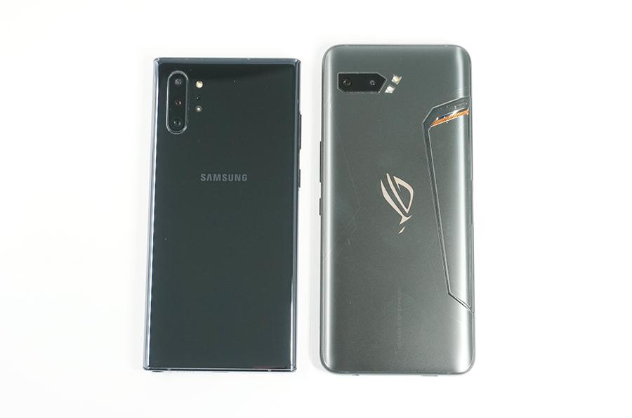 Galaxy Note10+とサイズを比較