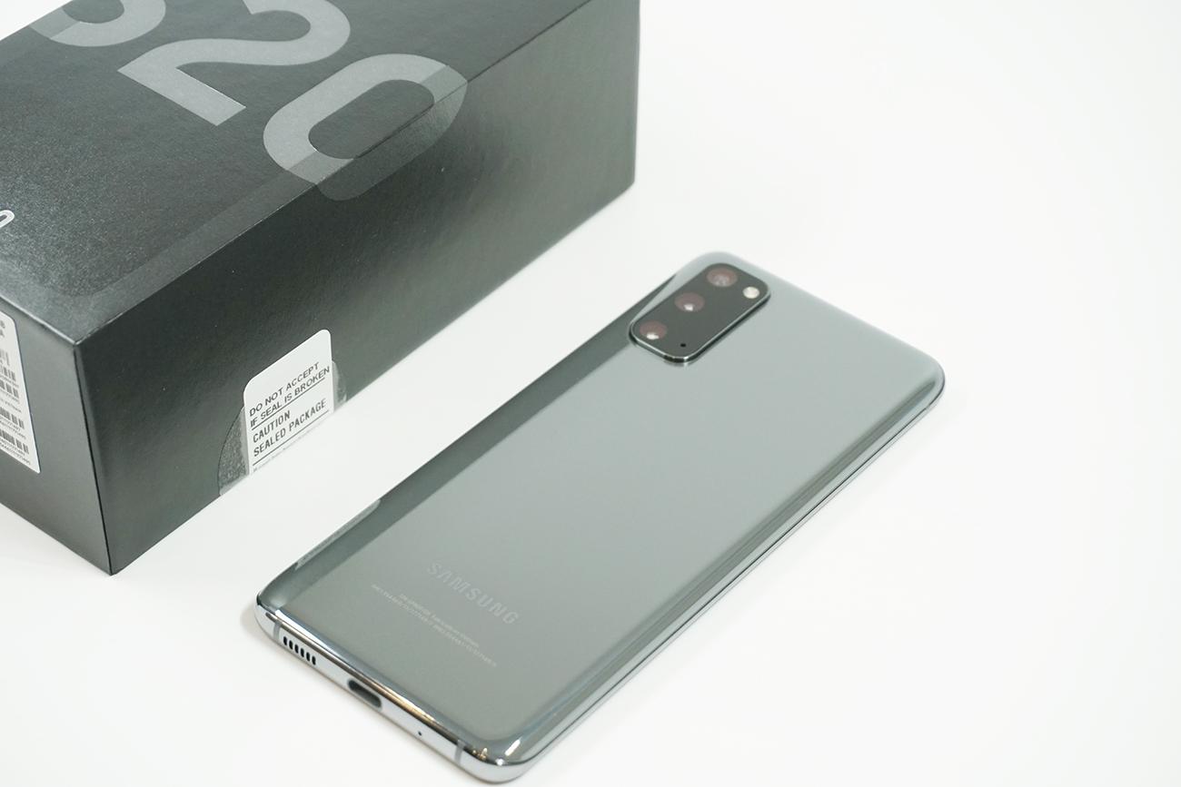 Galaxy S20の外観・デザインをレビュー