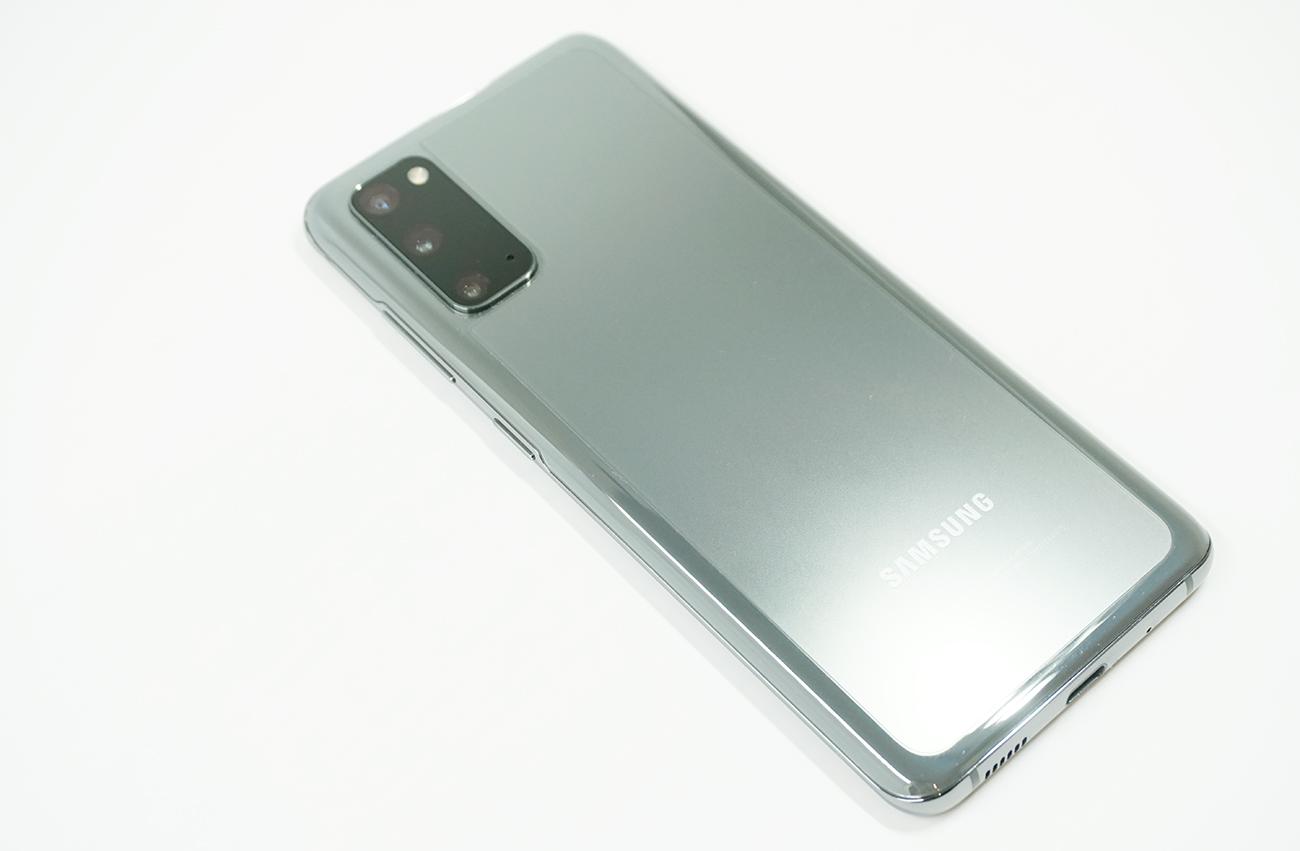 Galaxy S20/S20+の保護フィルムを購入する時の注意点は