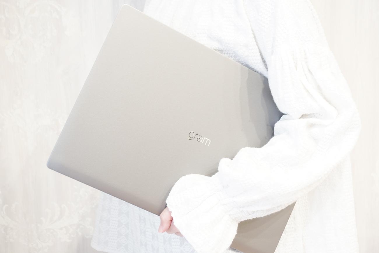 LG gram 17Z90Nを買うべき理由&実際に使って感じたメリット・デメリット【実機レビュー】