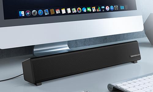 コンパクトなサイズ感でデスク周りの小スペースにも最適