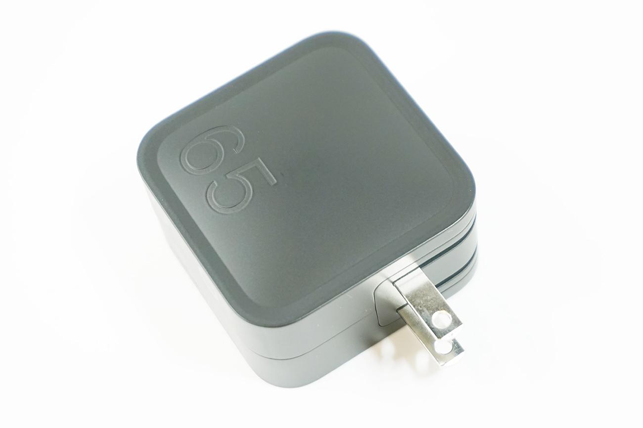 使いやすいサイズ感&USB-CとUSB-Aの扱いやすいポート