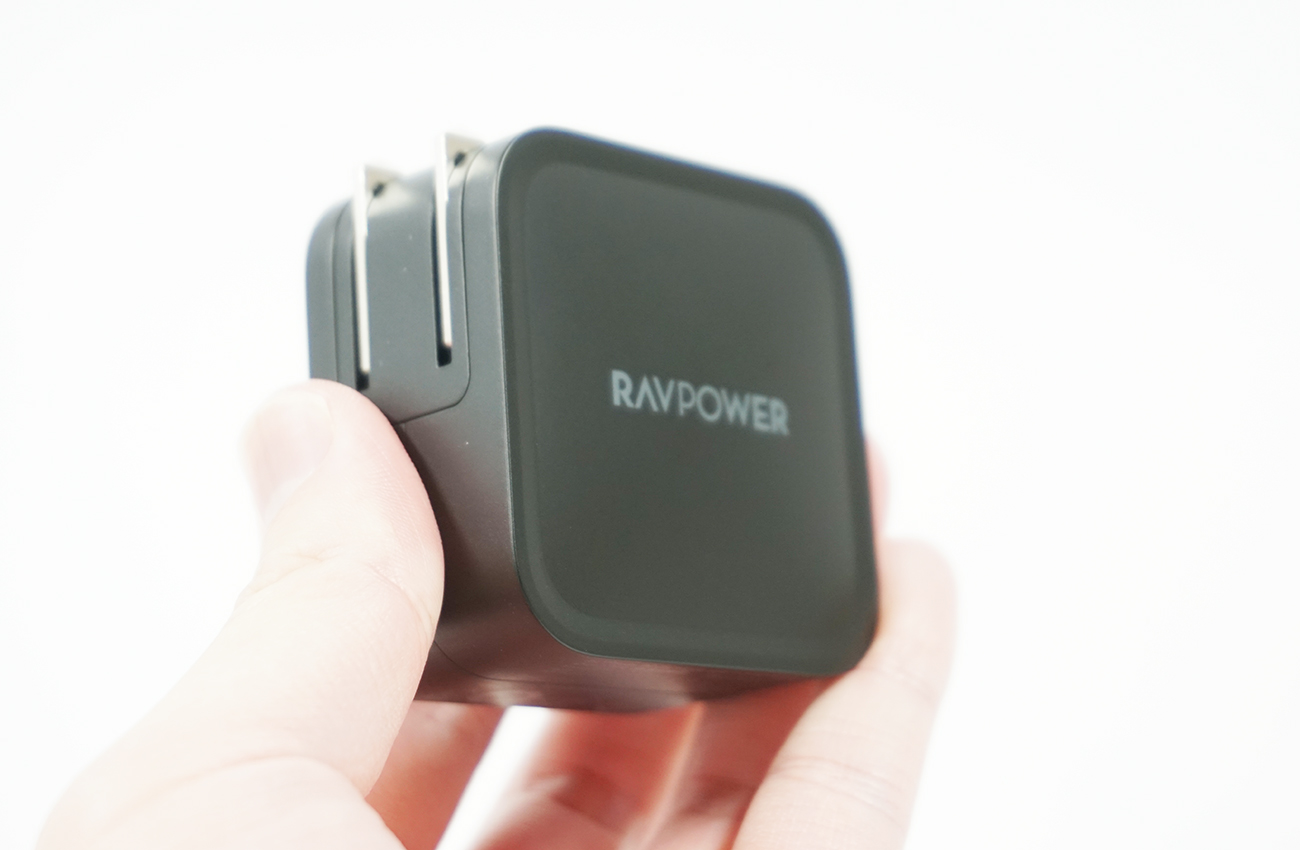 RAVPower 65W RP-PC133を持ってみる