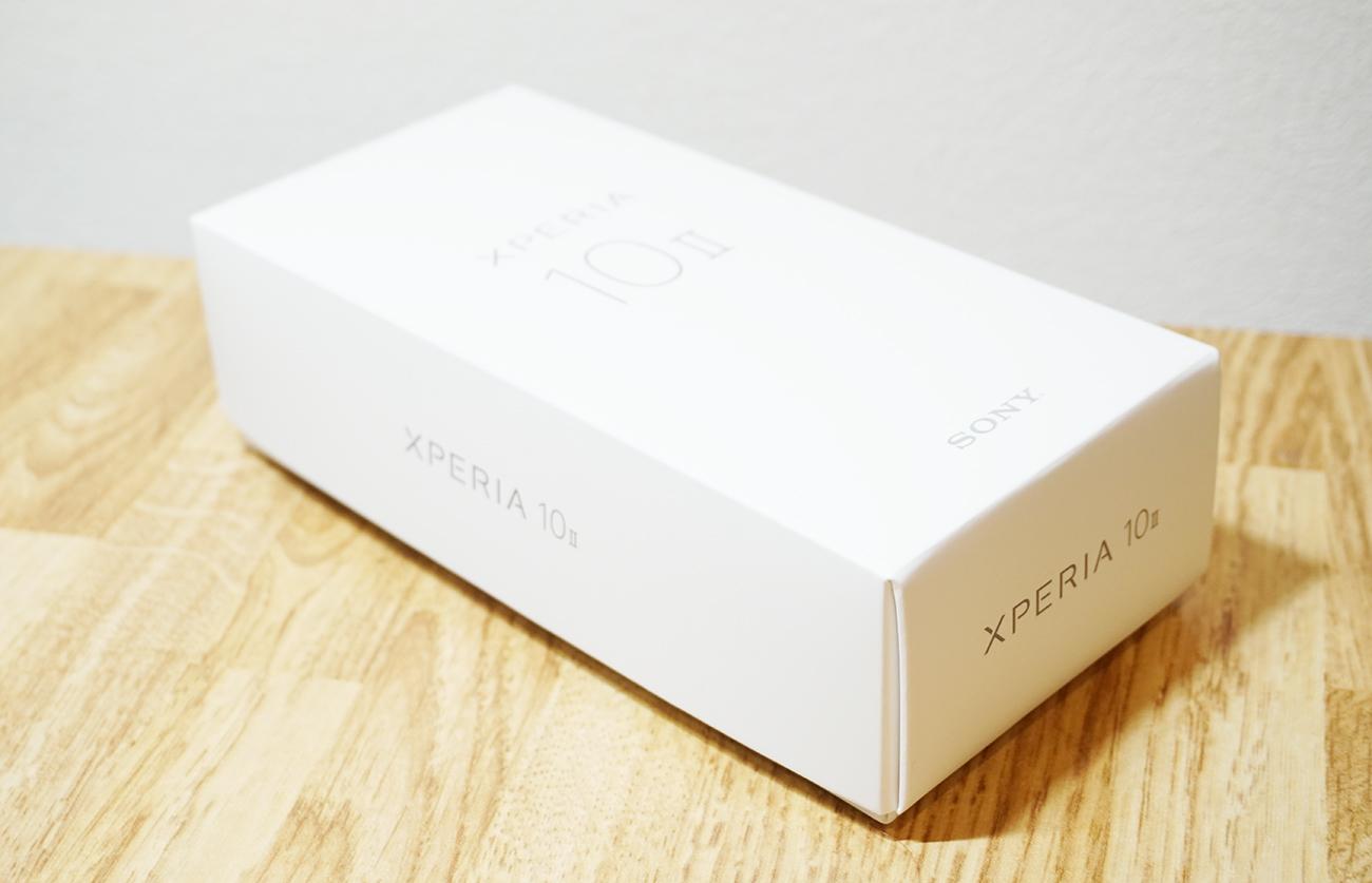 Xperia 10 II 外箱