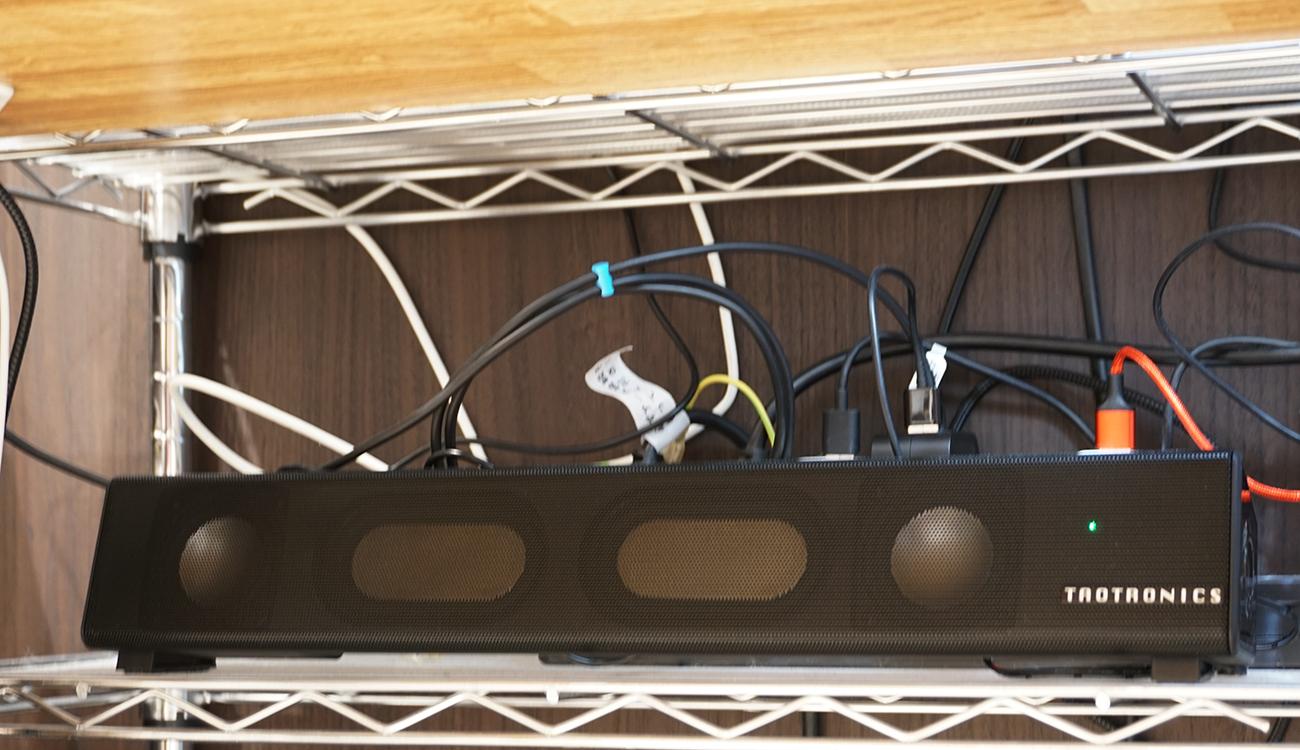 コンパクトなサイズ感でデスク周りの小スペースにも置ける