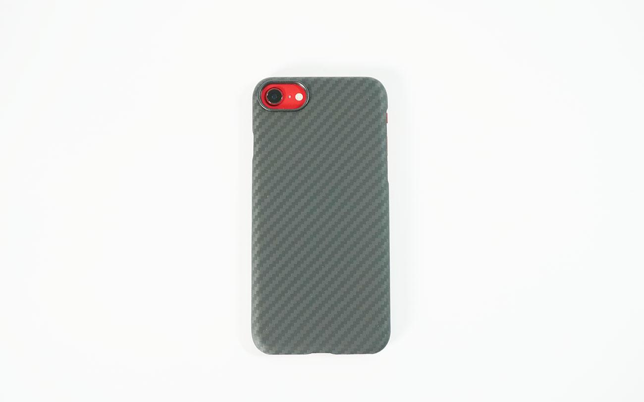 iPhone SE 第2世代に装着